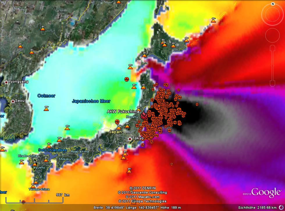 Erdbeben und Tsunami um AKW Fukushima II mit Sicht auf Japan