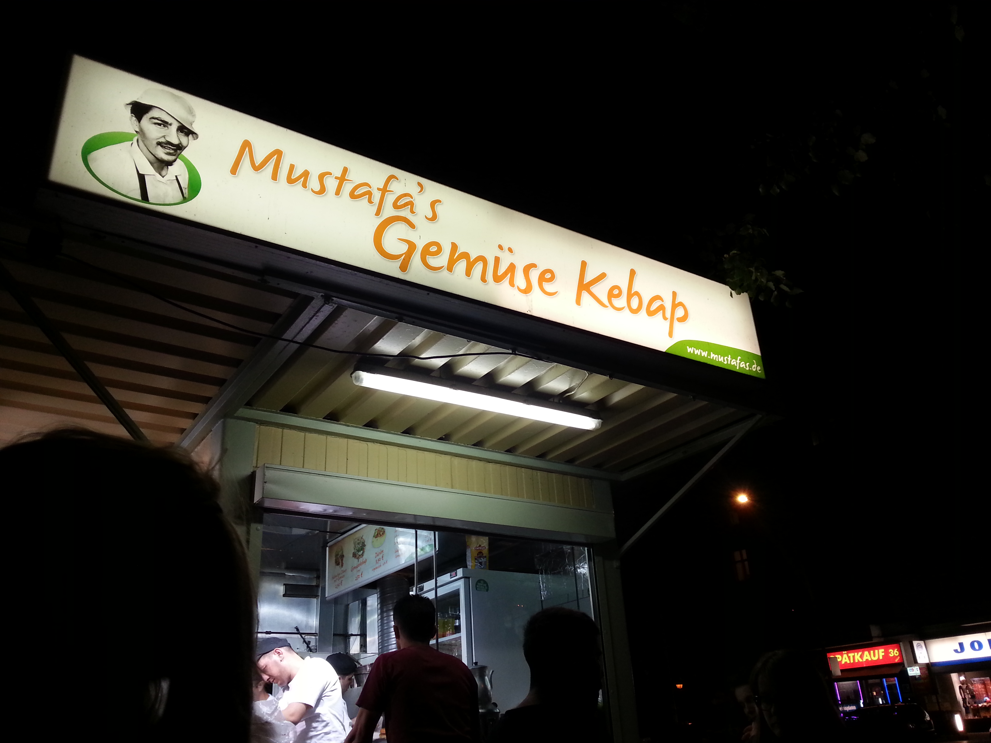 Ein Beispiel ist die Website meines Lieblings-Döner-Imbiss' Mustafas Gemüsekebap.